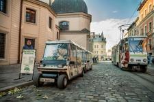 Електромобіль готовий везти наступних туристів